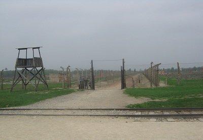 Фабрика смерти - Освенцим: 70 лет спустя (фото) - фото 1
