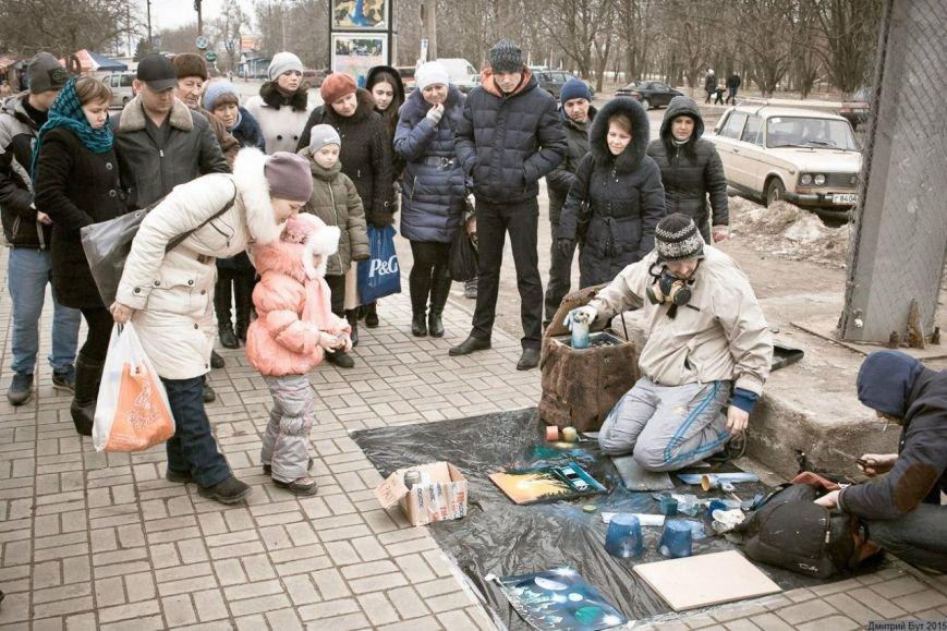 На Днепропетровщине художник-экстремал рисует штанами и горелкой (ФОТО), фото-5