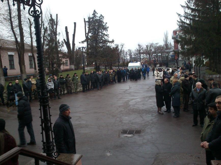 Днепродзержинск простился с погибшим в зоне боевых действий Сергеем Слисаренко, фото-6
