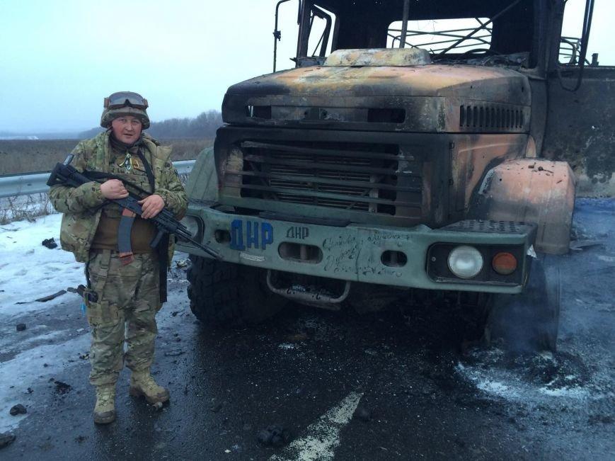 Силы АТО уничтожили военную технику боевиков (фото) - фото 1