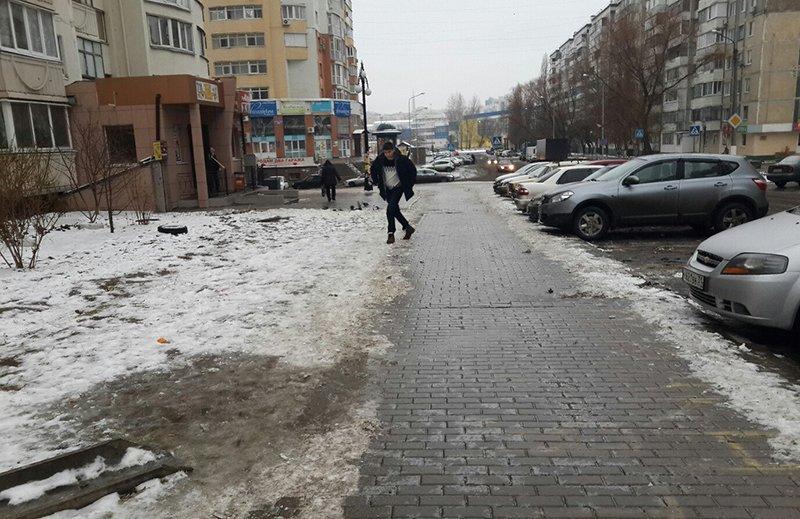 Адвокаты со льдом. Пострадавшие в гололёд белгородцы не жалуются на администрацию города, хотя могут рассчитывать на компенсацию (фото) - фото 1