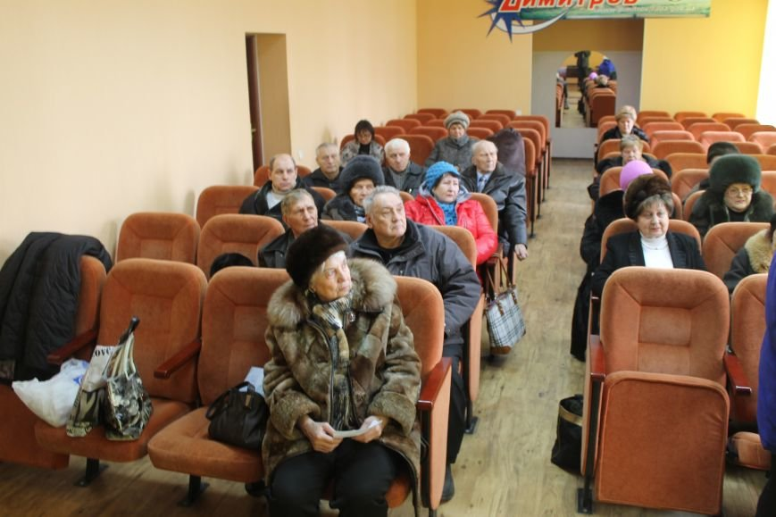 Ветераны Димитрова просят у местной власти продлить маршруты двух автобусов, фото-3