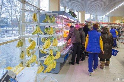 Фотофакт: на открытие продуктового магазина «Квасовский» на ул. Болдина собралось несколько сотен гродненцев (фото) - фото 2
