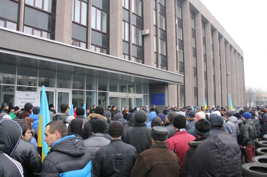 Под Криворожским горисполкомом  более 300 криворожан  собрались на акцию протеста (ФОТО, ОБНОВЛЯЕТСЯ), фото-20