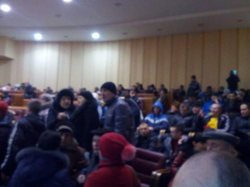 Участники митинга постановили обратиться к Президенту с просьбой взять контроль над ситуацией в Кривом Роге (ОБНОВЛЯЕТСЯ, ФОТО) (фото) - фото 1