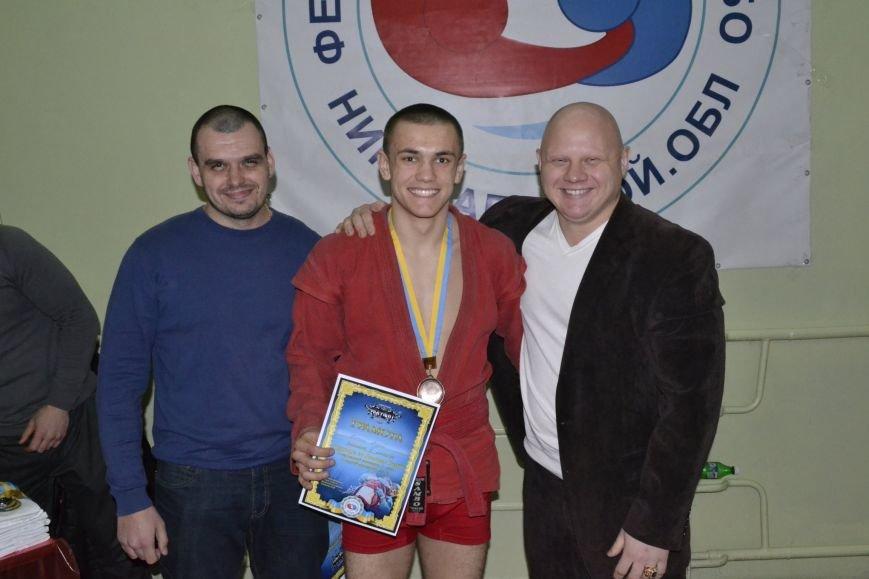 В Николаеве состоялся Всеукраинский турнир по Боевому Самбо (ФОТО) (фото) - фото 4