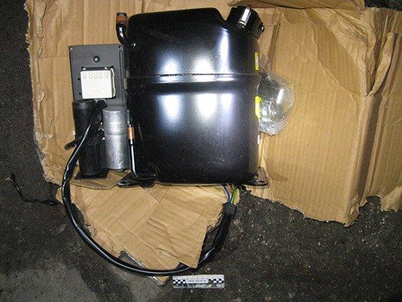 Бдительные николаевцы перепутали компрессор с «бомбой» (ФОТО) (фото) - фото 2
