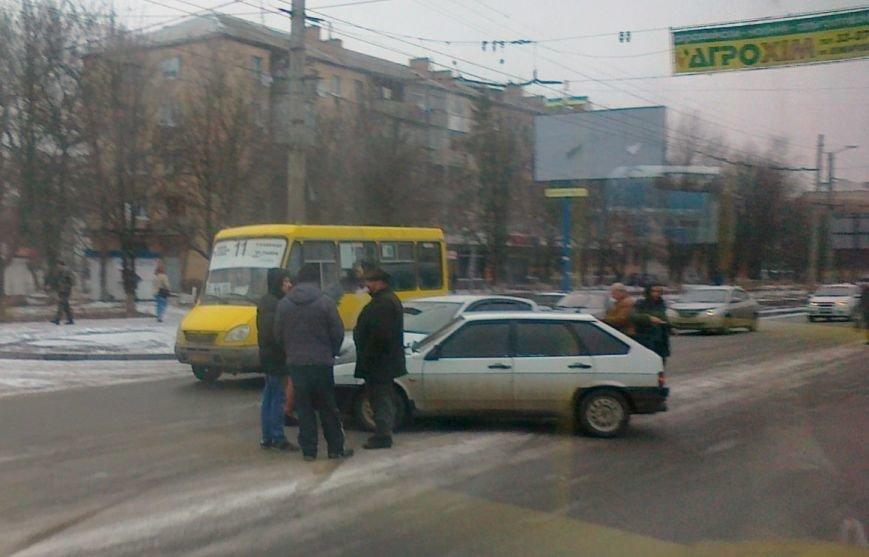 В Кировограде произошло небольшое ДТП, фото-1
