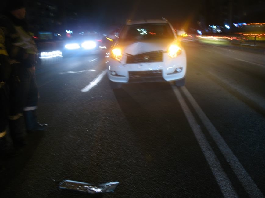 На проспекте имени газеты «Правда» авто сбило человека, фото-1