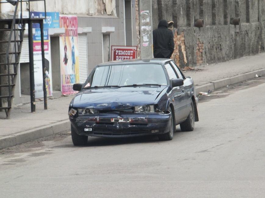 На перекрестке в Кировограде не разминулись две иномарки (фото) - фото 1