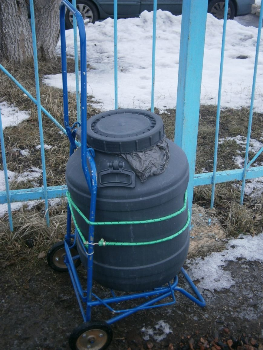 Жители Димитрова снова в поисках воды (фото) - фото 17