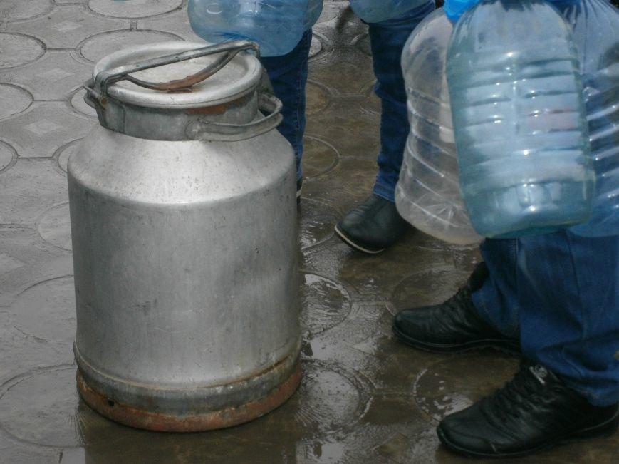 Жители Димитрова снова в поисках воды (фото) - фото 9