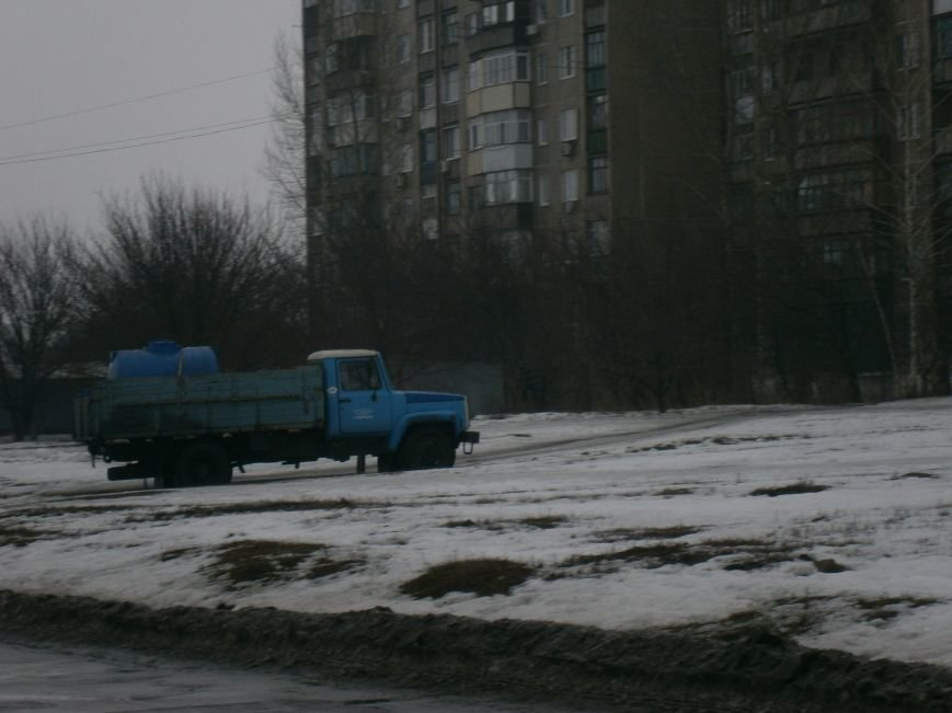 Жители Димитрова снова в поисках воды (фото) - фото 4