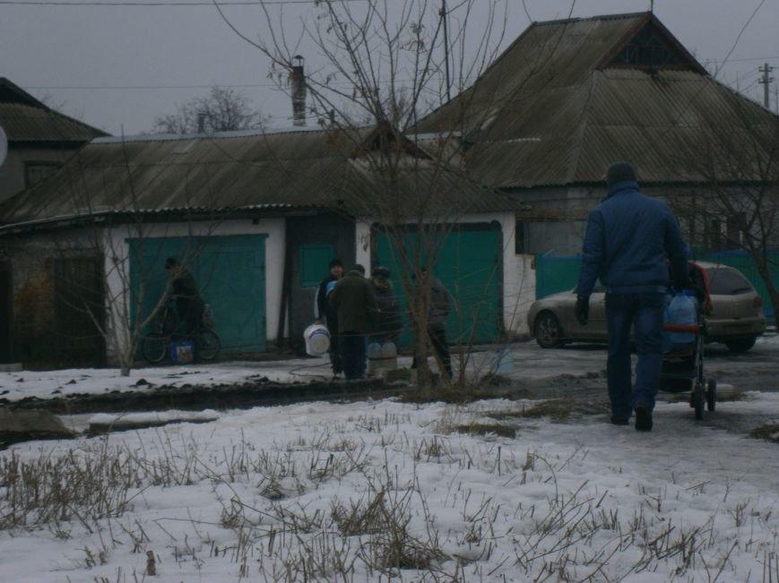 Жители Димитрова снова в поисках воды (фото) - фото 15