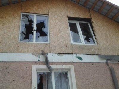 Поселок Комсомольский под обстрелом: фото от местных жителей (фото) - фото 2
