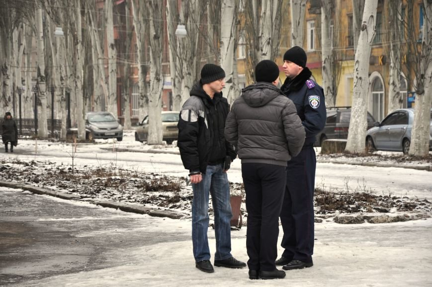 Краматорчане собирались на митинг под военкоматом (ФОТО и ВИДЕО), фото-3