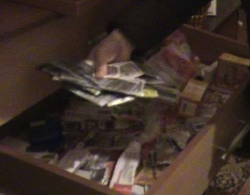Кіровоградські УБОЗівці викрили учасників двох злочинних груп у сутенерстві. Фото (фото) - фото 1