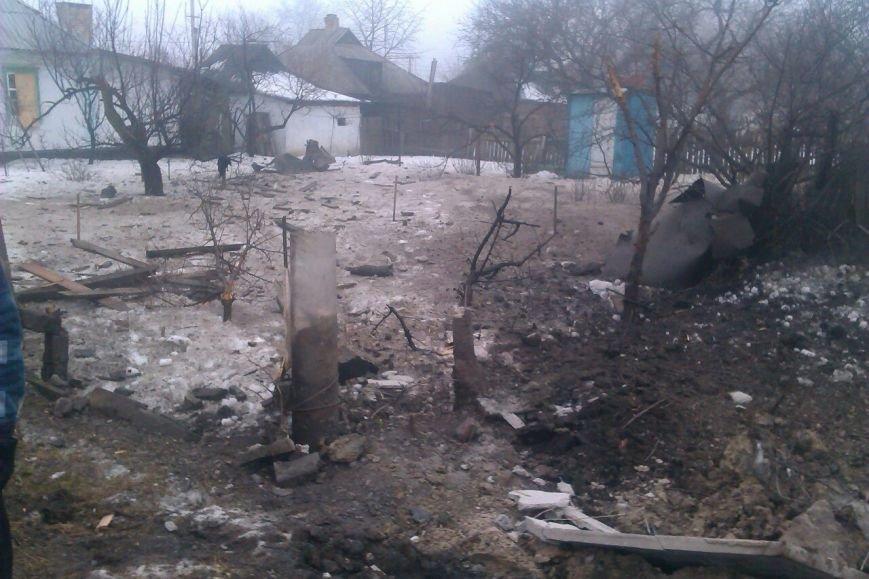 В Макеевке за минувшие сутки погибли 2 мирных жителя (фото разрушений) (фото) - фото 4