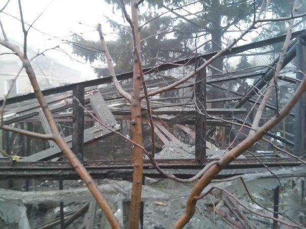 В Макеевке за минувшие сутки погибли 2 мирных жителя (фото разрушений) (фото) - фото 1