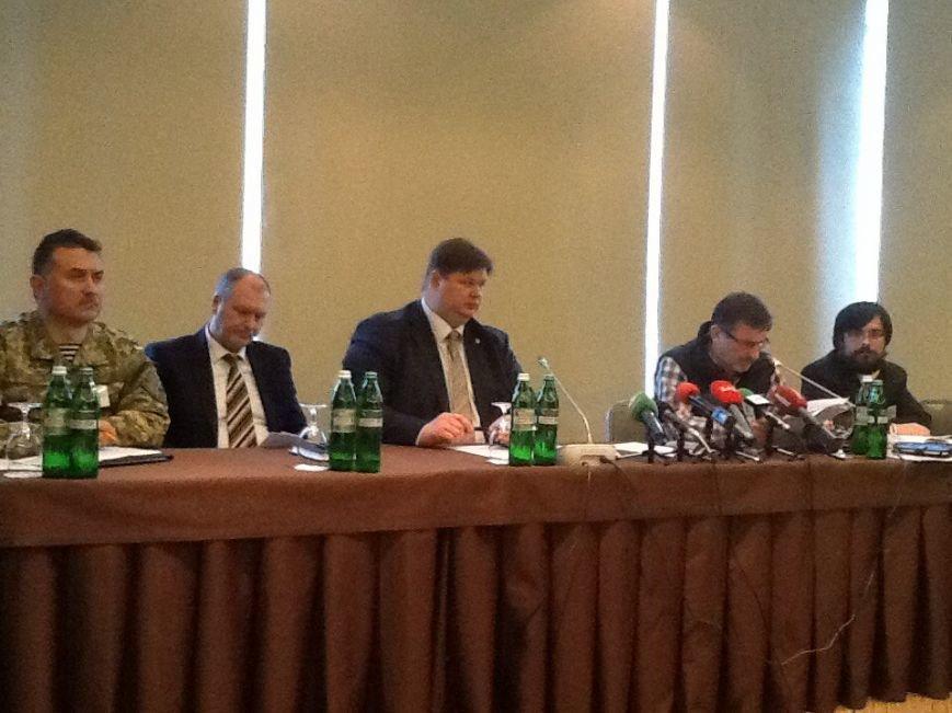 В Харькове собрались самообороны Украины, чтобы объединиться для усиления обороноспособности Украины (фото) - фото 1