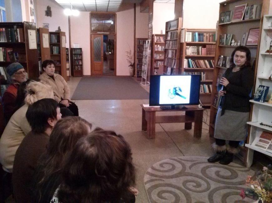 В Днепродзержинске представили выставку работ из бисера, фото-5