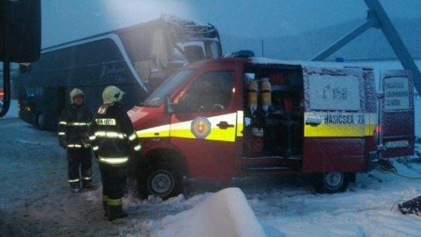 В Словаччині розбився рейсовий автобус Прага - Ужгород (ФОТО, ВІДЕО) (фото) - фото 6