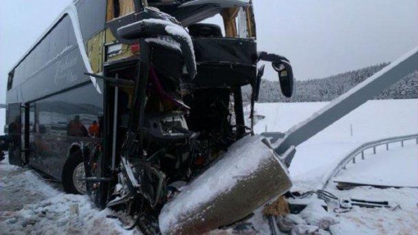 В Словаччині розбився рейсовий автобус Прага - Ужгород (ФОТО, ВІДЕО) (фото) - фото 2