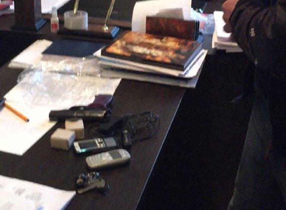 Харьковчанин гулял по рынку с пистолетом(ФОТО) (фото) - фото 1