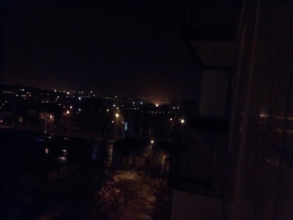 В Донецке горит завод Ахметова (ФОТО, ВИДЕО) (фото) - фото 2