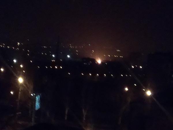 В Донецке горит завод Ахметова (ФОТО, ВИДЕО) (фото) - фото 1