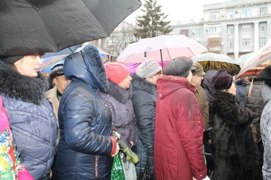 В Артемовске прошел митинг-протест матерей против мобилизации, фото-3