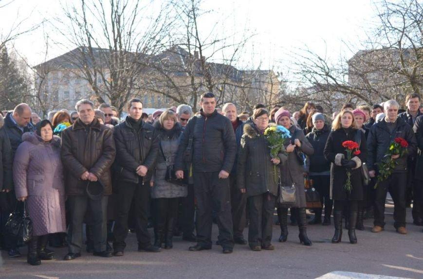 У Житомирі прощалися із військовим 95-ї окремої аеромобільної бригади Анатолієм Стратовичем, фото-4