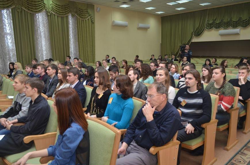 Симферопольские студенты предлагают отменить комендантский час в общежитиях (ФОТО), фото-2