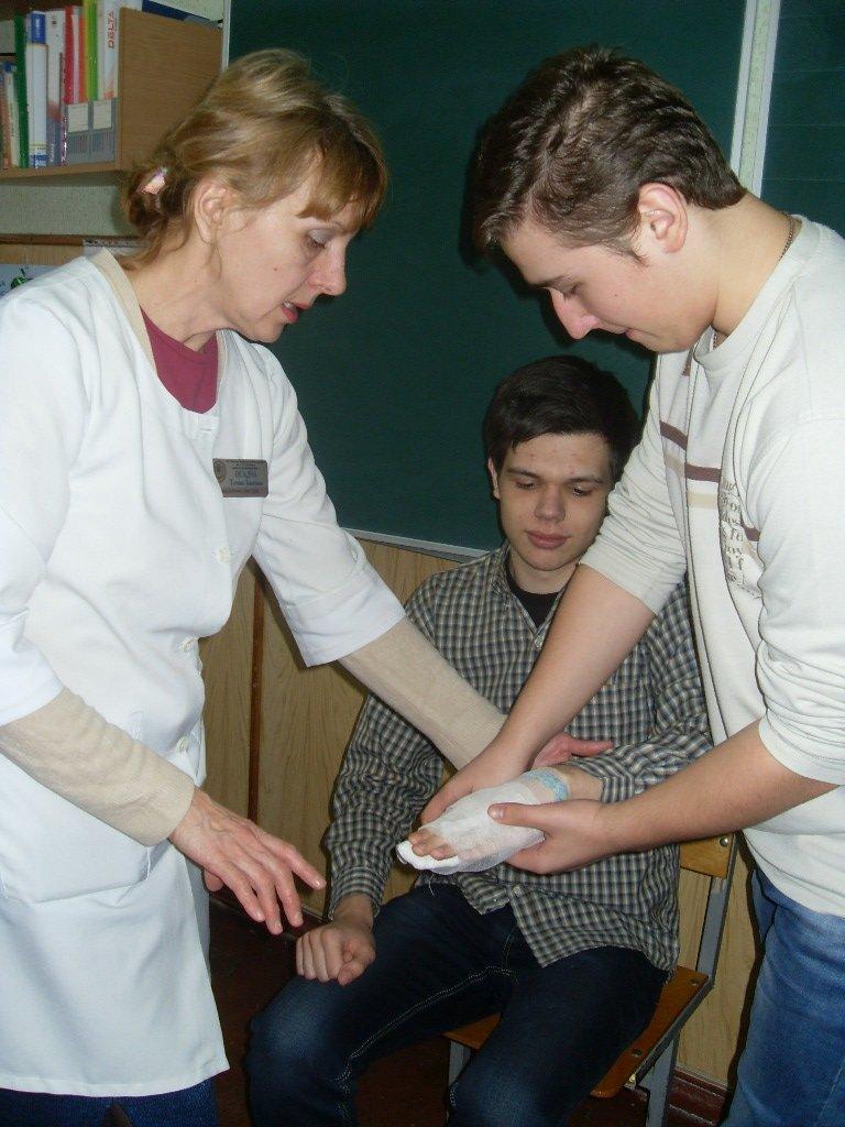 Херсонские школьники обсуждали чрезвычайные ситуации (фото) - фото 3
