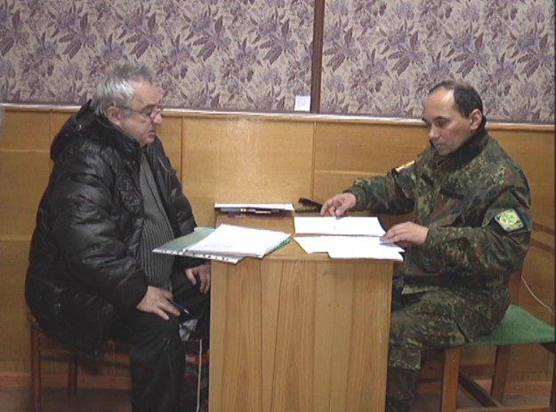 «Счастливый билет»: как жители Донбасса получают пропуски для выезда из зоны АТО (фото) - фото 7