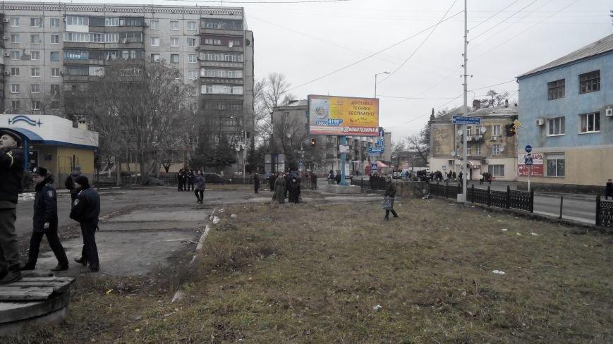 В Краматорске начался митинг против мобилизации: ФОТОРЕПОРТАЖ (ОБНОВЛЯЕТСЯ!) (фото) - фото 6