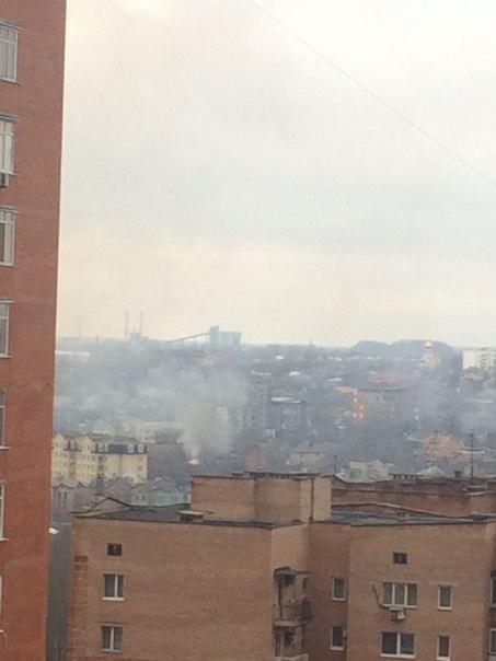 В Донецке полыхает огромный пожар в районе площади Бакинских комиссаров (ФОТО), фото-2
