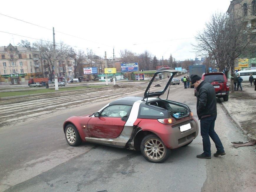 В Днепродзержинске на перекрестке проспектов Аношкина и Ленина произошло ДТП, фото-4
