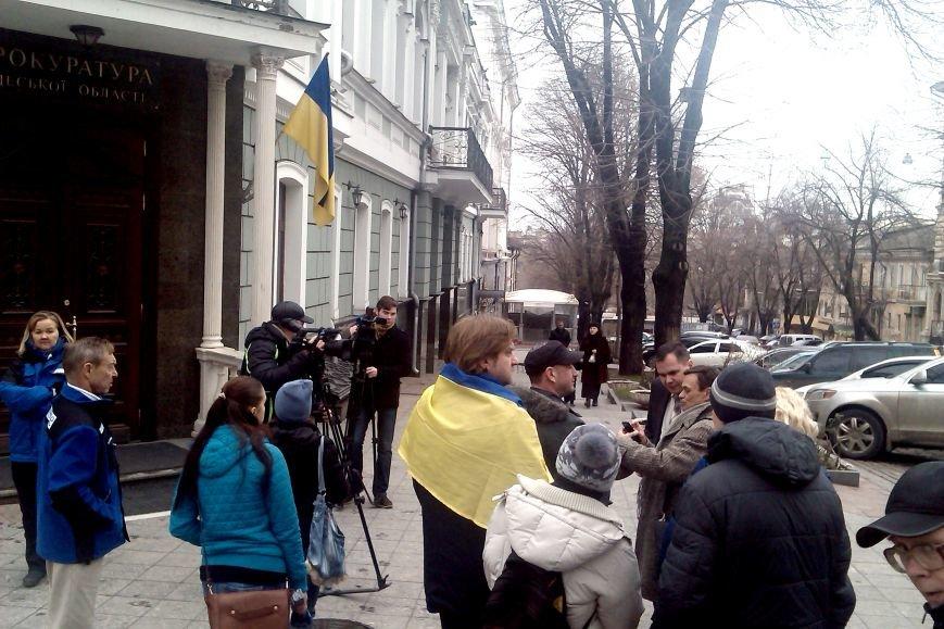 Одесские общественники выясняли у прокуроров, как расследуется скандальная стройка на Ланжероне (ФОТО) (фото) - фото 3