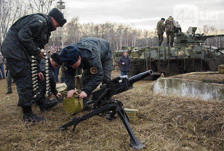 Под Киевом прошли испытания новых оборонительных сооружений (фото) (фото) - фото 6
