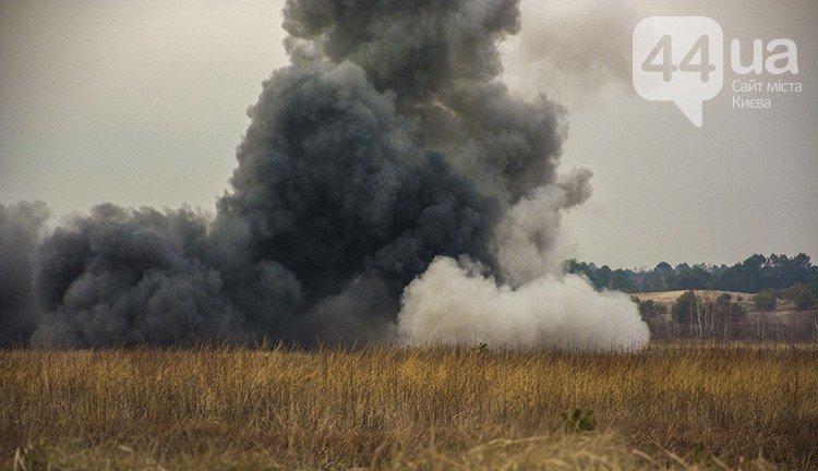 Под Киевом прошли испытания новых оборонительных сооружений (фото) (фото) - фото 11