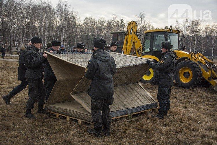 Под Киевом прошли испытания новых оборонительных сооружений (фото) (фото) - фото 9