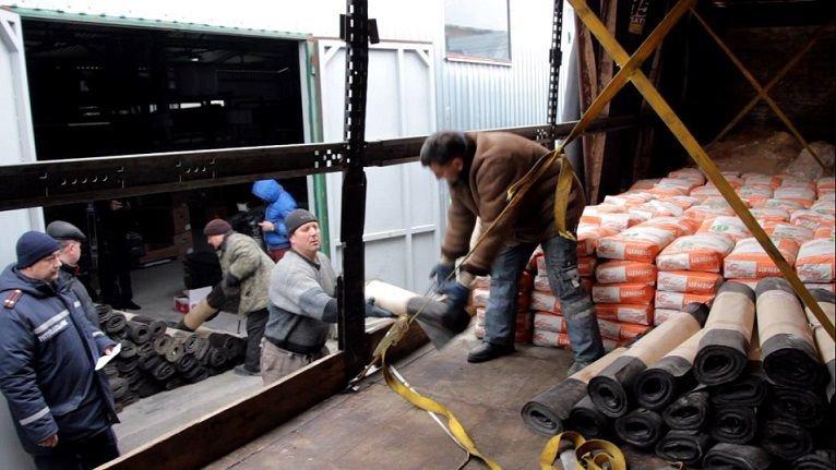 ФОТОФАКТ: Запорожье отправило помощь Мариуполю (фото) - фото 1