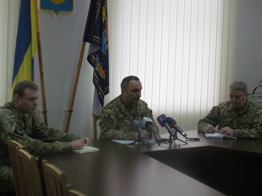 В Мариуполе мобилизация затронет всех военнообязанных мужчин (ФОТО), фото-3