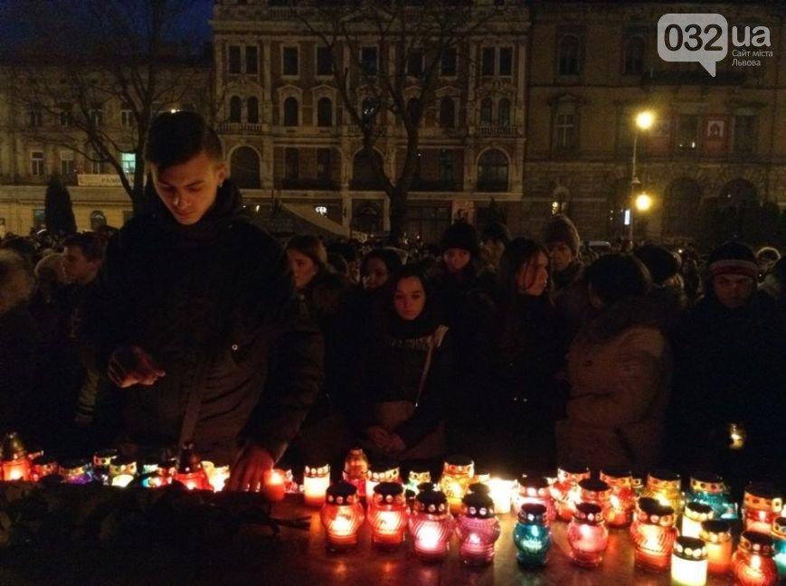 Зі Скрябіним прощалась усі Україна - у мережі виклали зворушливе відео-реквієм (ВІДЕО, ФОТО) (фото) - фото 3