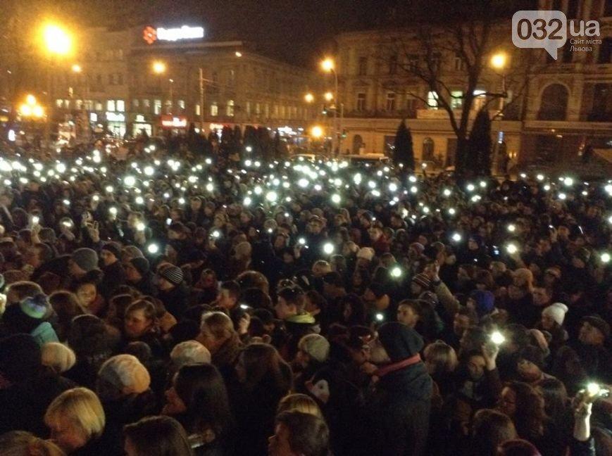 Зі Скрябіним прощалась усі Україна - у мережі виклали зворушливе відео-реквієм (ВІДЕО, ФОТО) (фото) - фото 5