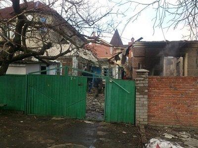 За минувшие сутки в Донецке 3 человека погибли, 8 ранены (фото) - фото 1