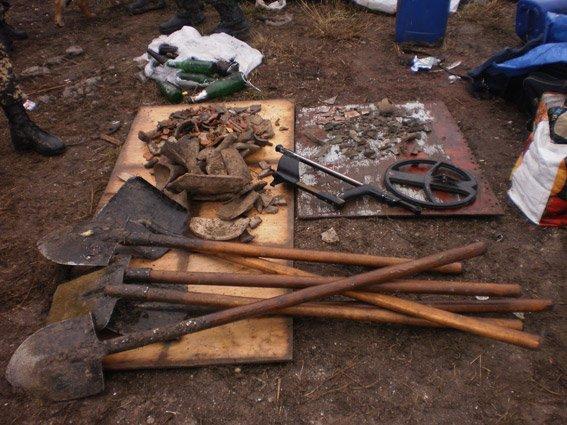 На Николаевщине поймали «черных» археологов (ФОТО) (фото) - фото 1