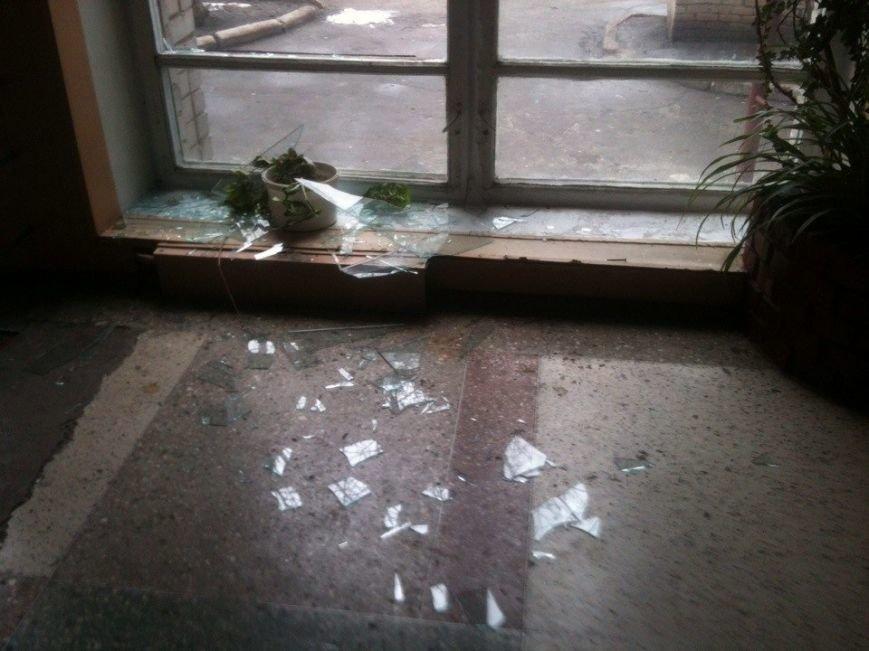 В Донецке обстреляли микрорайон Текстильщик. есть пострадавшие (добавлено фото) (фото) - фото 2