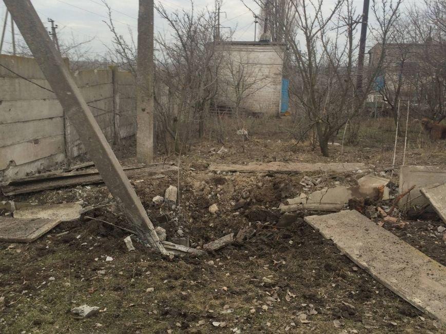 В Мариуполе террористы обстреляли поселок Сартана. 18 попаданий в дома (ДОПОЛНЕНО+ФОТО, ВИДЕО), фото-8